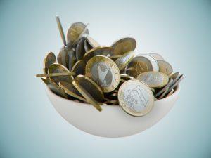 Euro Münzen in der Schale