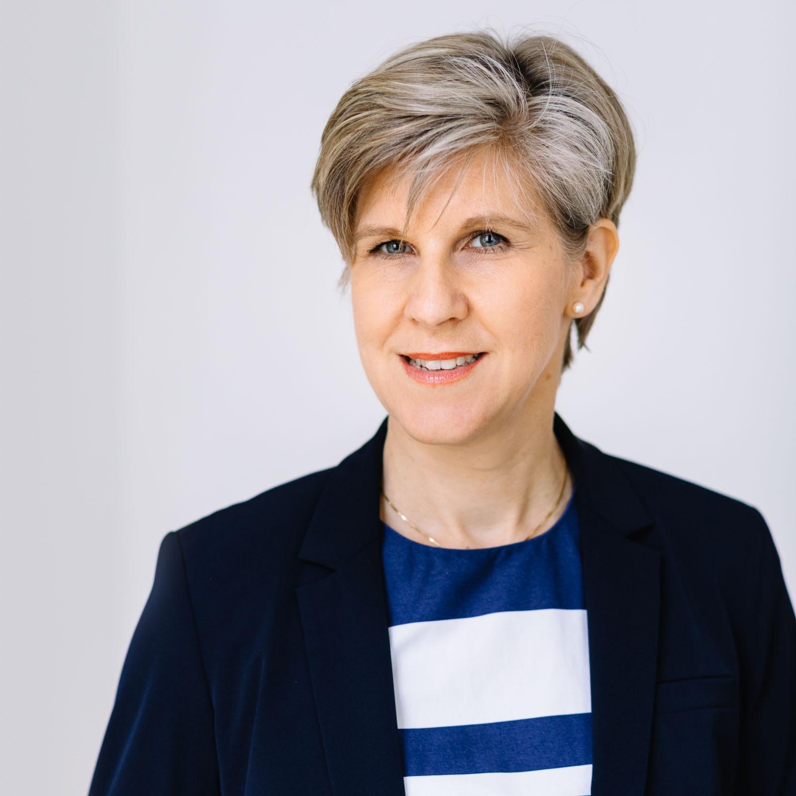 Mag. Andrea Frais-Kölbl