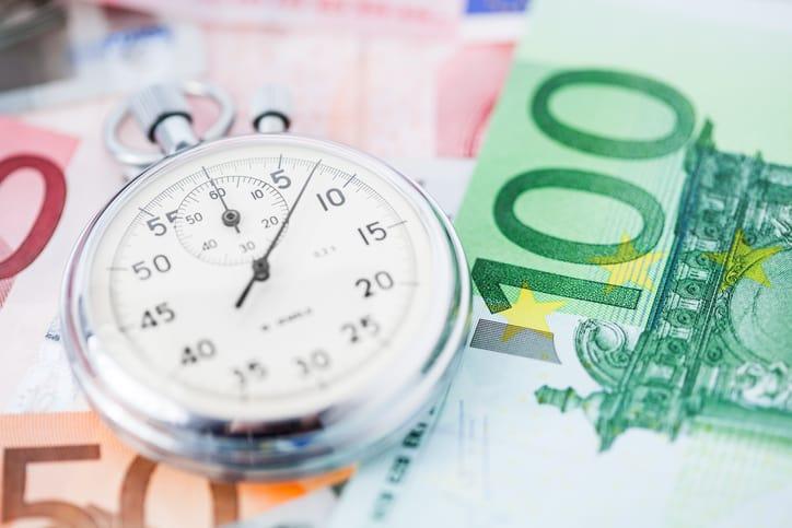 euro money stopwatch